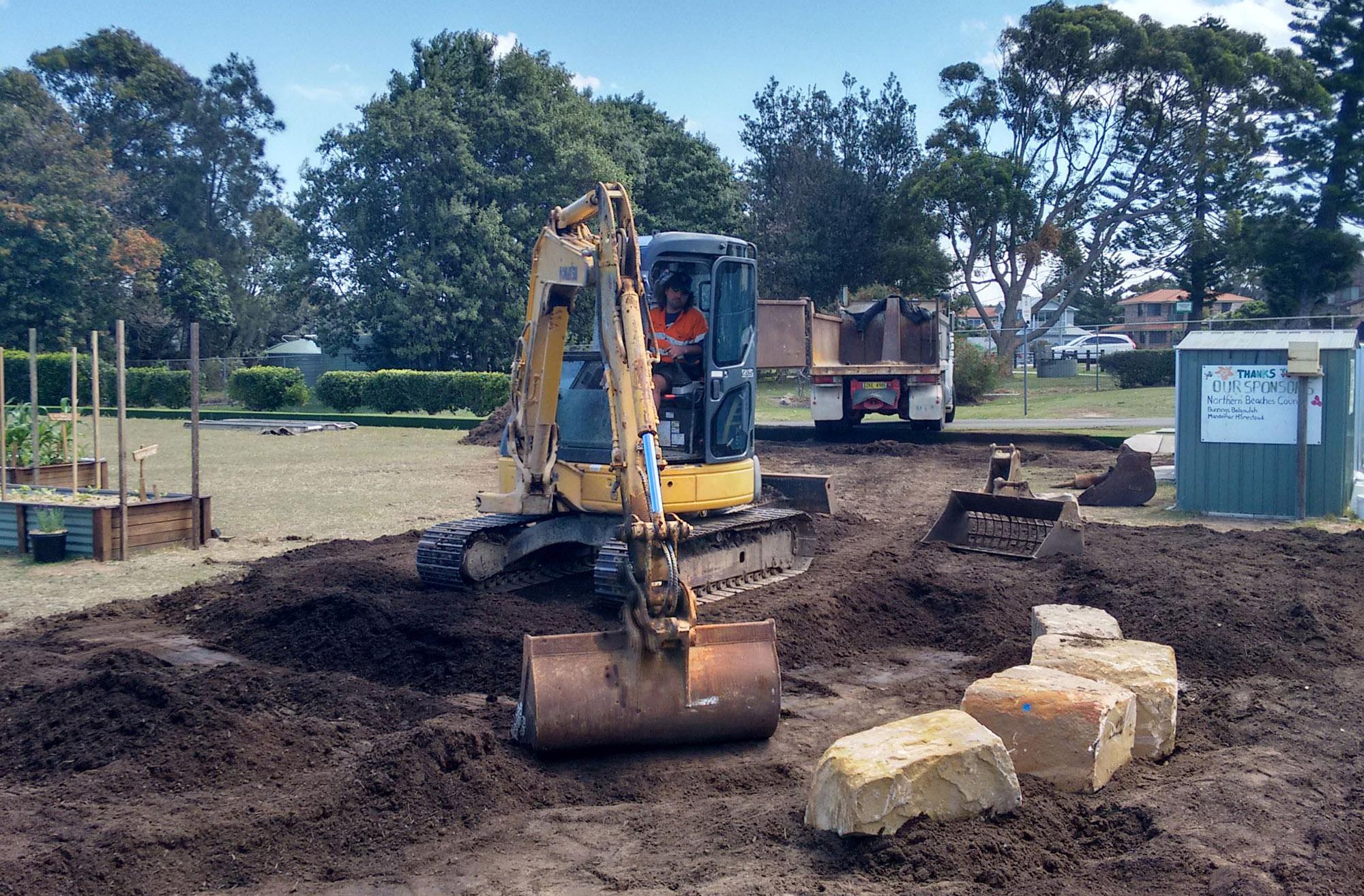 2017-7Nov-excavating-2
